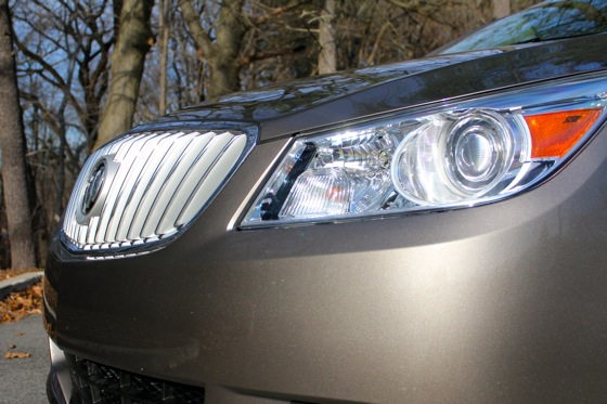 2013 Buick LaCrosse: New Car Review featured image large thumb6