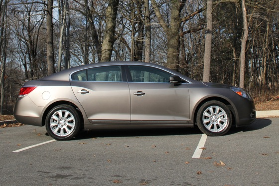 2013 Buick LaCrosse: New Car Review featured image large thumb10