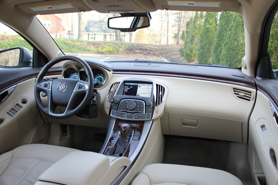 2013 Buick LaCrosse: New Car Review featured image large thumb21