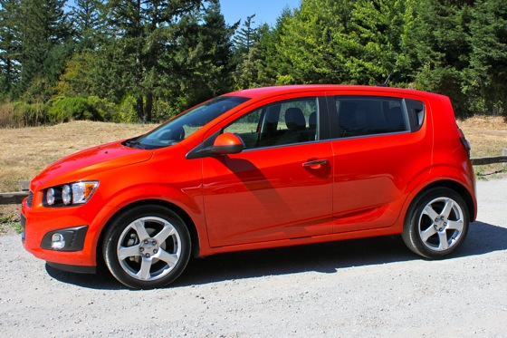 2012 Chevrolet Sonic - New Car Review featured image large thumb3