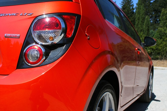 2012 Chevrolet Sonic - New Car Review featured image large thumb9