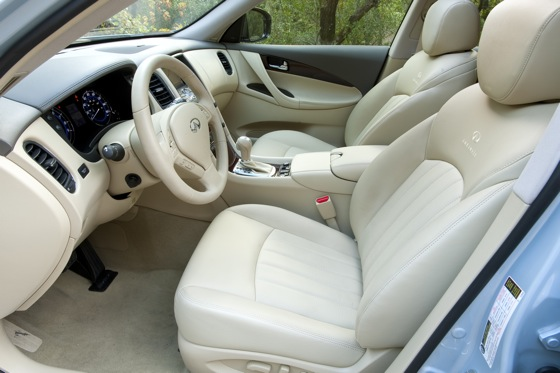 2012 Infiniti EX35: Real-World Test featured image large thumb2