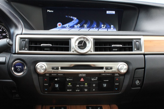 2013 Lexus GS: New Car Review featured image large thumb15