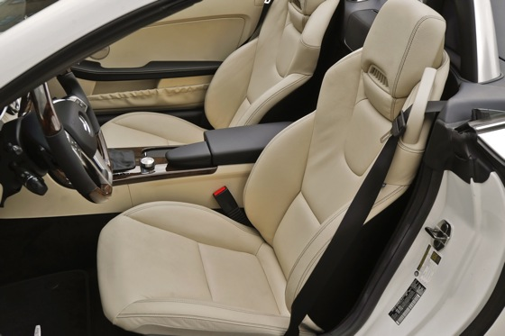 2011 Mercedes-Benz SLK300: Overview featured image large thumb6