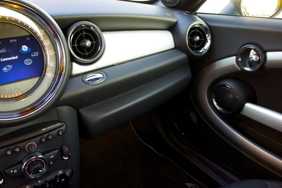 2012 Mini Coupe JCW: A Family Car featured image large thumb40