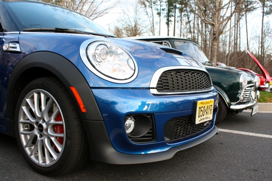 2012 Mini JCW Coupe: Family Reunion featured image large thumb2