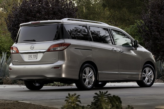 2013 Nissan Quest: New Car Review featured image large thumb2