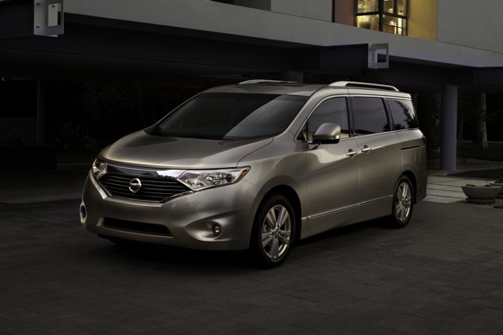 2013 Nissan Quest: New Car Review featured image large thumb4