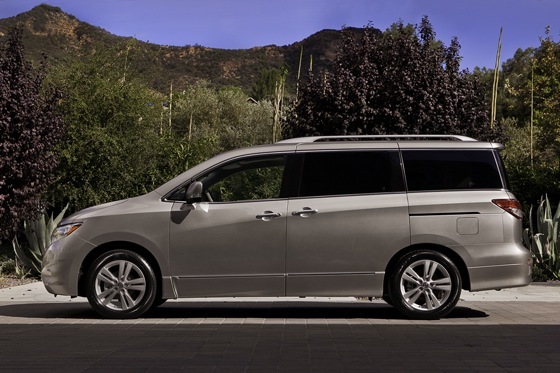 2013 Nissan Quest: New Car Review featured image large thumb5