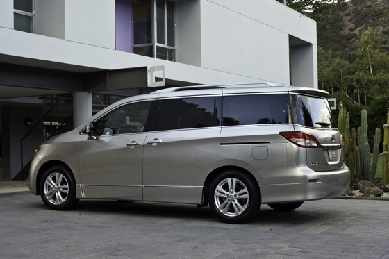 2013 Nissan Quest: New Car Review featured image large thumb8