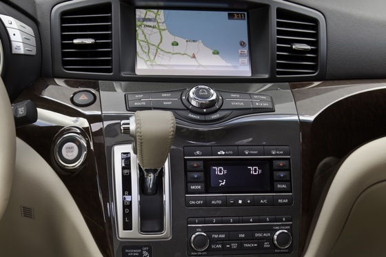 2013 Nissan Quest: New Car Review featured image large thumb12