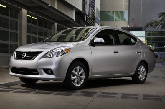 2013 Nissan Versa: New Car Review featured image large thumb0