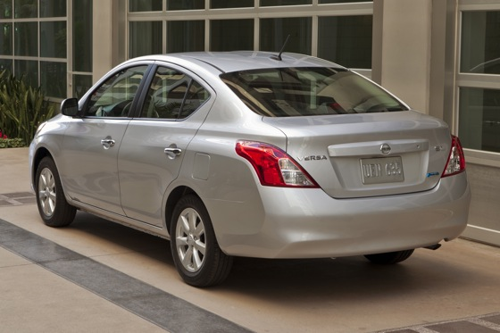 2013 Nissan Versa: New Car Review featured image large thumb2