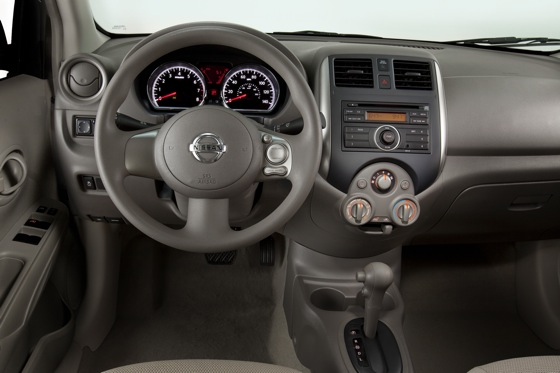 2013 Nissan Versa: New Car Review featured image large thumb14