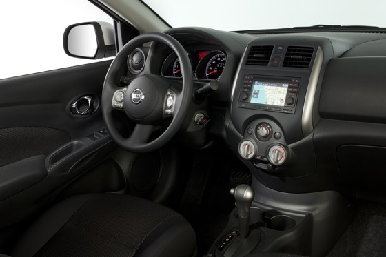 2013 Nissan Versa: New Car Review featured image large thumb16