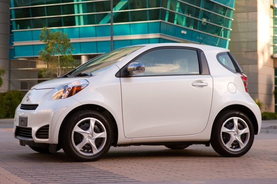 2012 Scion iQ: First Look featured image large thumb2