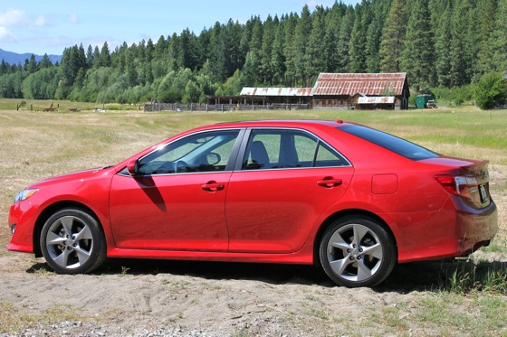 2012 Toyota Camry: First Drive featured image large thumb8