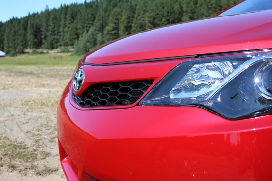 Camry Q&A: Is it front or rear wheel drive? featured image large thumb13