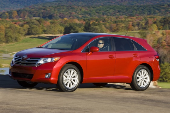 2009-2012 Toyota Venza featured image large thumb9
