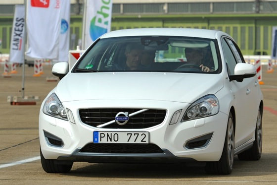 Volvo V60 PHEV: First Drive featured image large thumb1
