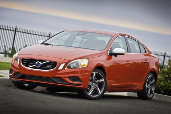 Volvo Notches Up the Macho with the S60 T6 R-Design