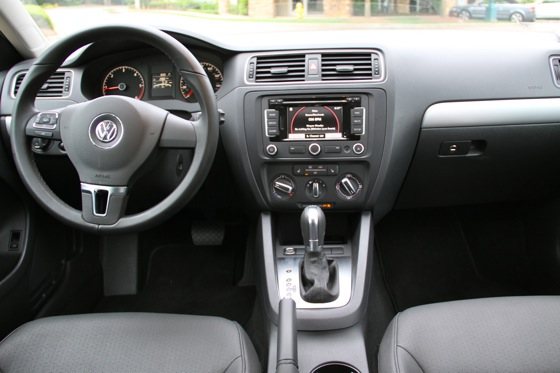 2011 Volkswagen Jetta: Used Car Review featured image large thumb5