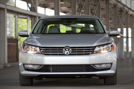 2013 Volkswagen Passat: New Car Review featured image large thumb1