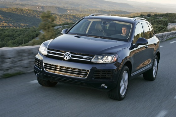 2011 Volkswagen Touareg Hybrid - New Car Review