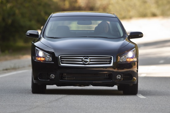 2013 Nissan Maxima: New Car Review featured image large thumb6