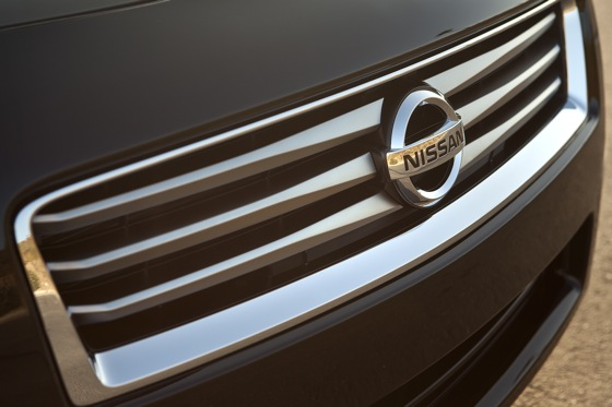 2013 Nissan Maxima: New Car Review featured image large thumb10