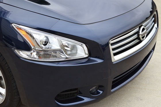 2013 Nissan Maxima: New Car Review featured image large thumb12
