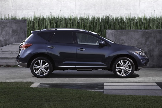 2012 Nissan Murano: Used Car Review featured image large thumb2