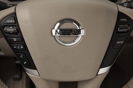 2013 Nissan Murano: New Car Review featured image large thumb15