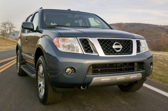 2012 Nissan Pathfinder: New Car Review featured image large thumb1