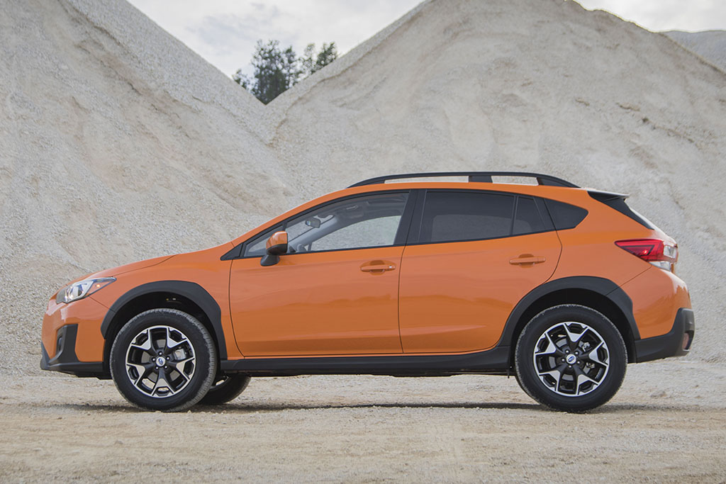 2018 Subaru Crosstrek 2 of 6