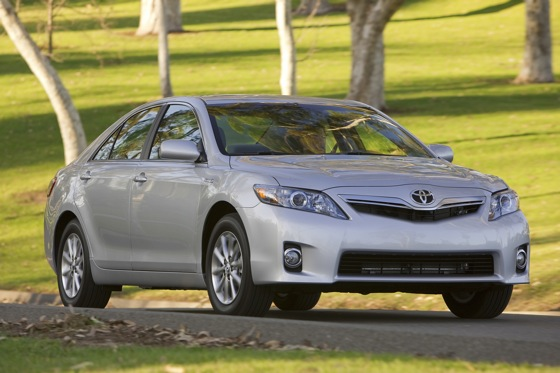 2007-2011 Toyota Camry Hybrid: Used Car Review featured image large thumb8