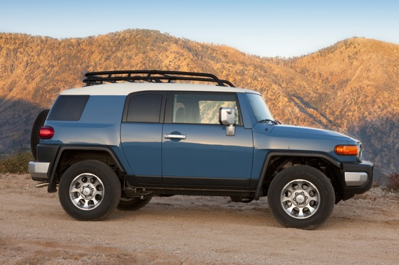 2013 Toyota FJ Cruiser: New Car Review featured image large thumb5
