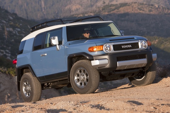 2013 Toyota FJ Cruiser: New Car Review featured image large thumb7