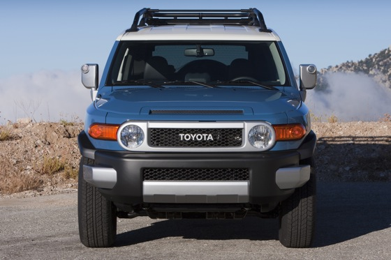 2013 Toyota FJ Cruiser: New Car Review featured image large thumb18