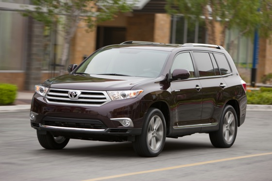 2012 Toyota Highlander: New Car Review Video featured image large thumb3