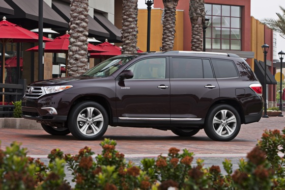 2013 Toyota Highlander: New Car Review featured image large thumb5
