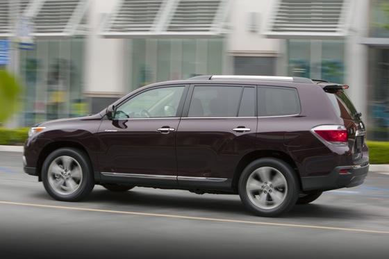 2013 Toyota Highlander: New Car Review featured image large thumb8