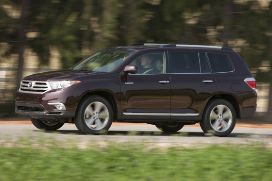 2012 Toyota Highlander: New Car Review Video featured image large thumb11