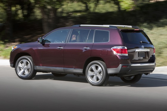 2013 Toyota Highlander: New Car Review featured image large thumb16