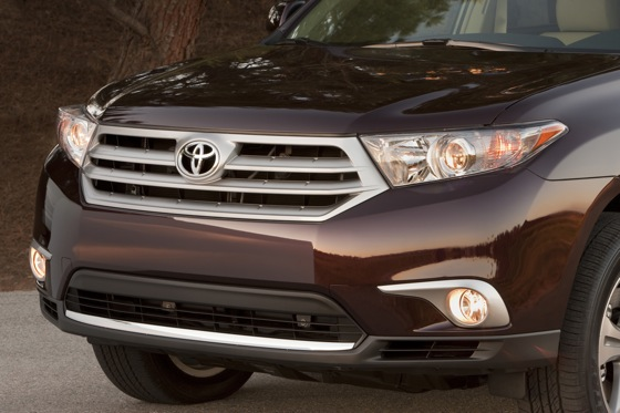 2013 Toyota Highlander: New Car Review featured image large thumb19