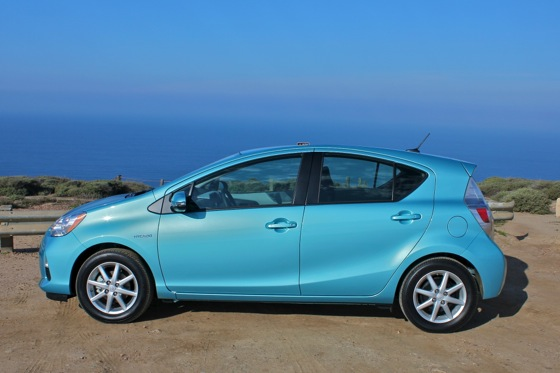 2012 Toyota Prius C: New Car Review featured image large thumb2