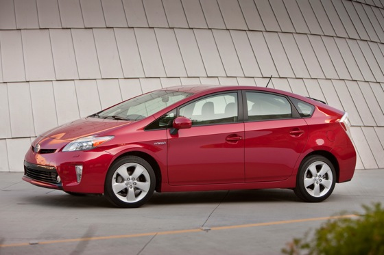 2012 Toyota Prius: New Car Review featured image large thumb11