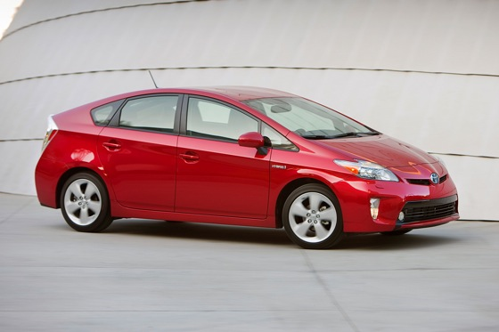 2012 Toyota Prius: New Car Review featured image large thumb13