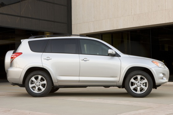 2012 Toyota RAV4: New Car Review featured image large thumb3