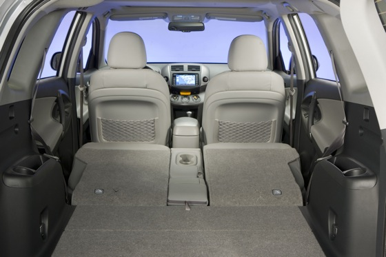 2012 Toyota RAV4: New Car Review featured image large thumb30